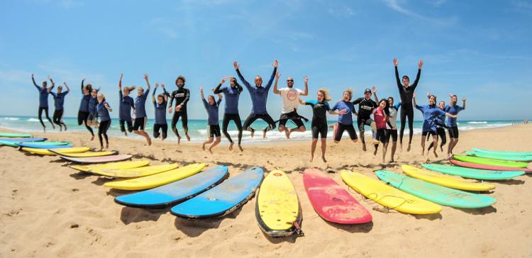 Qué necesitas para empezar a surfear con 40 años