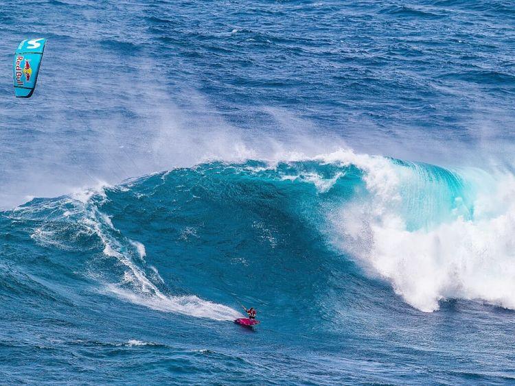 Gisela Pulido en Jaws Hawai