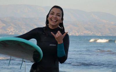 El saludo surfer. ¿Qué es el Shaka?